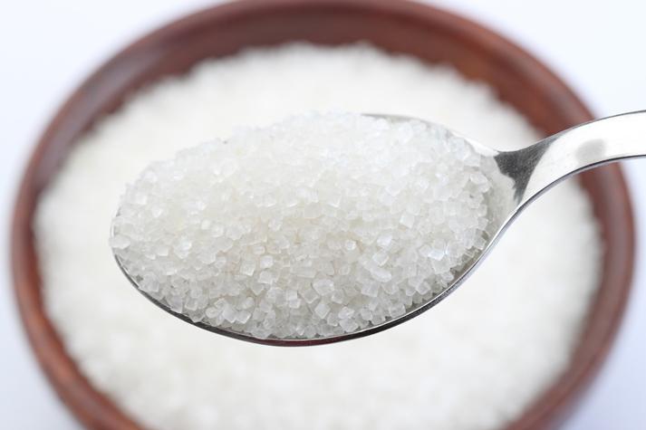 砂糖の摂りすぎによる体への影響とは?