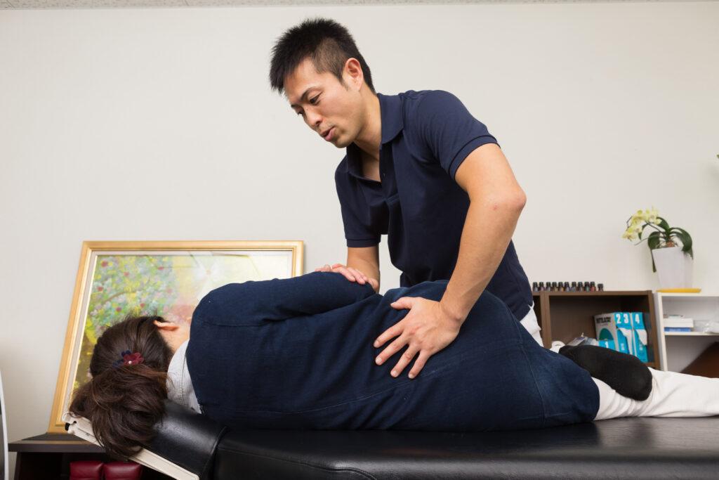 骨盤矯正は腰痛を改善するのか?