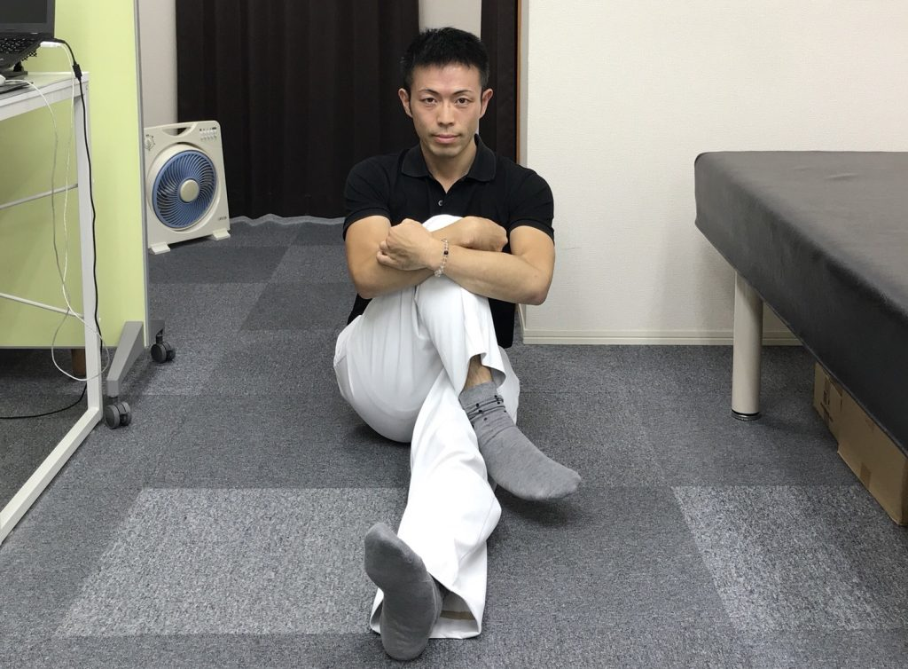 【動画あり】股関節が外旋(ガニ股)してる人への効果的なストレッチ